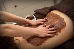 Masaż ciepłą czekoladą